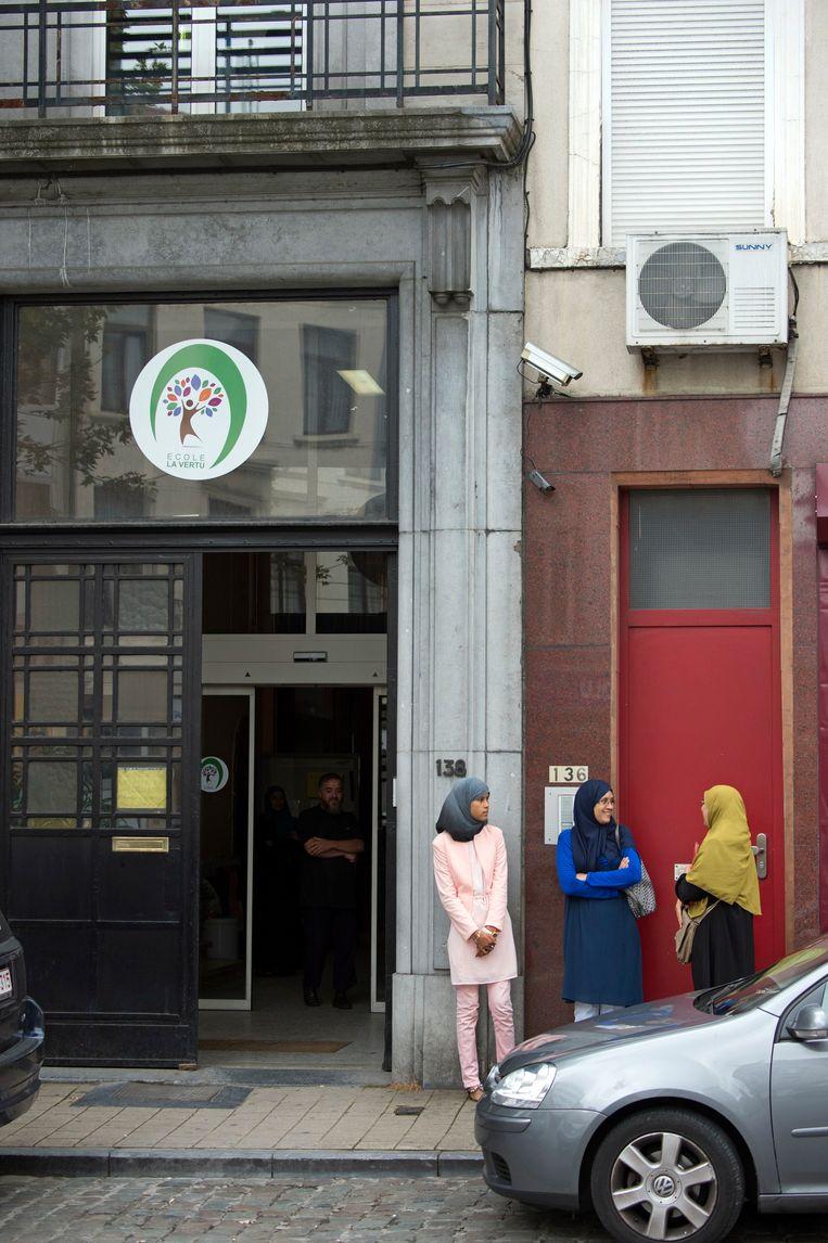 De middelbare school La Vertu uit Schaarbeek is één van de vijf islamitische scholen in de Franse Gemeenschap. Beeld Photo News