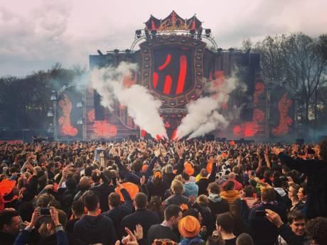 Kingsland Twente: matige aankleding, topartiesten op eerste editie
