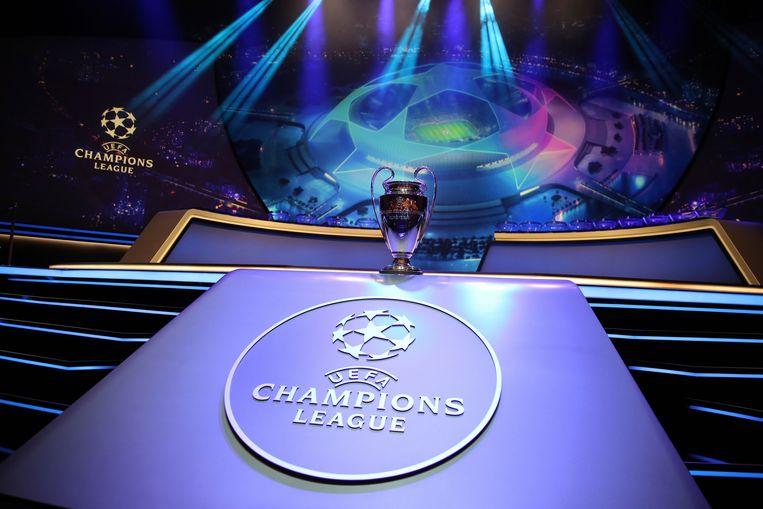 In het Grimaldi Forum in Monaco kwamen Club Brugge en Racing Genk te weten wie ze ontmoeten in de groepsfase van de Champions League.  Beeld AP