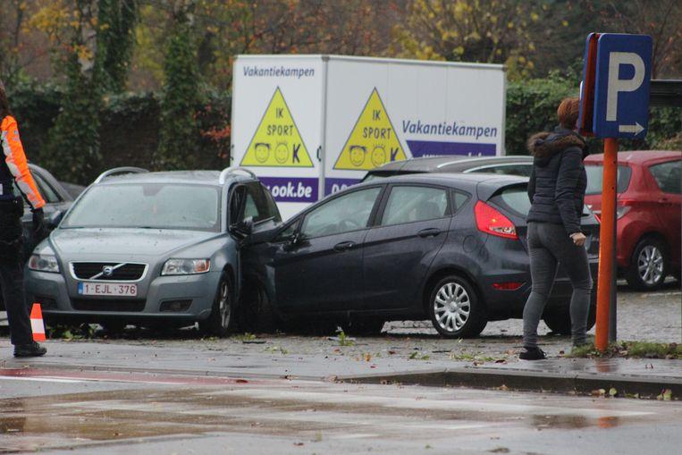 Het ongeval vond plaats aan de parking van het kerkhof, rechtover De Valkaart.