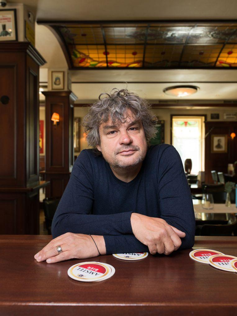 Frank Lammers in Cafe Frankendael Amsterdam. Beeld Ivo van der Bent