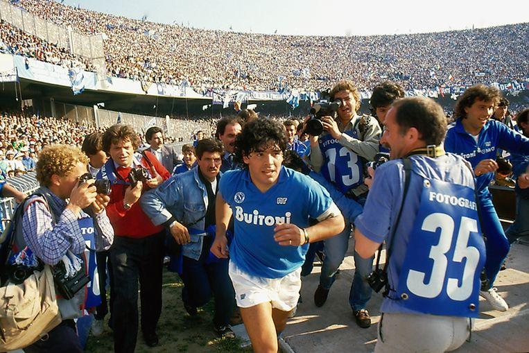 Diego Maradona bij Napoli. Beeld Alfredo Capozzi