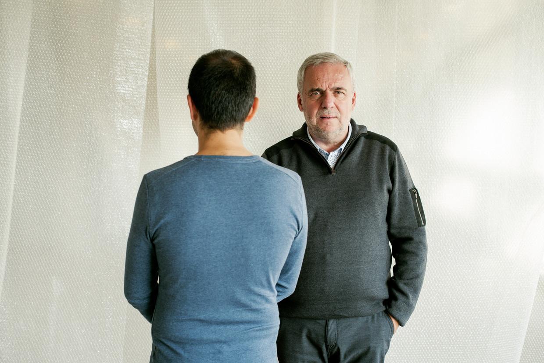 Qadir Nadery en Leo Bormans (r.). Beeld Tim Coppens