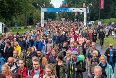 Na de Vierdaagse nu ook wéér een streep door de Airborne-wandeltocht: 'Vaccinaties onvoorspelbaar'