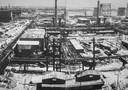 Het immense fabriekscomplex waarop Arij en Janus als krijgsgevangenen te werk waren gesteld: het Sudetenländische Treibstoffwerke Hermann Göring in Tsjechoslowakije.