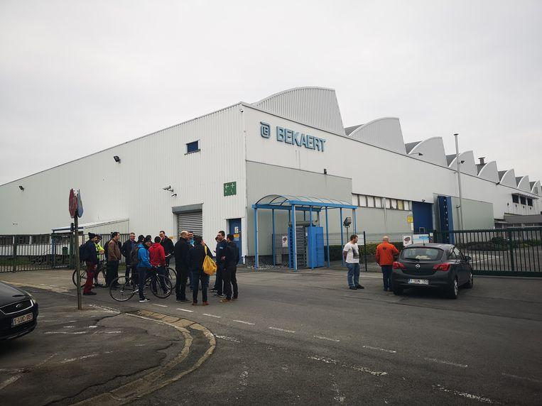 Het personeel van Bekaert Engineering verliet na de aankondiging het bedrijf.