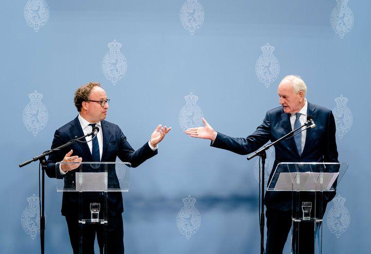Informateurs Wouter Koolmees en Johan Remkes  geven een toelichting op de formatie.  Beeld ANP