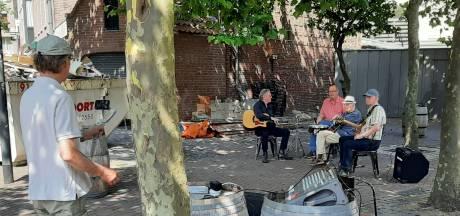 Korte documentaire van troubadour Dick Hageman (96) in de maak