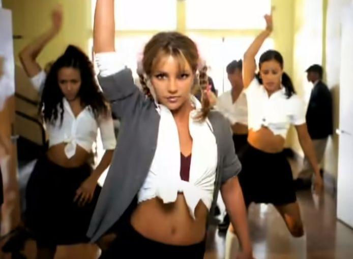 """Britney Spears, la consécration suite à son clip """"Baby One More Time"""""""