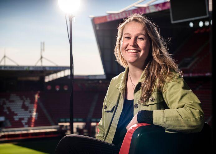 """Minke Renkens is Coördinator Vrouwenvoetbal bij FC Twente. """"Ik had vroeger geen vrouwelijk voorbeeld. Er waren niet eens wedstrijden."""""""