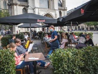 """Kunnen de uitgebreide terrassen blijven in Gent? """"We werken aan een nieuw reglement maar heel wat vragen staan nog open"""""""