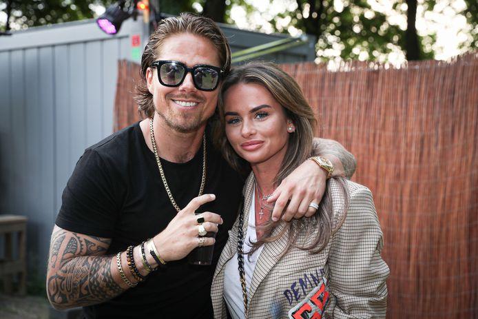 André en zijn vriendin Sarah van Soelen.