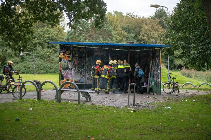 Jonge man zwaar gewond door explosie in Alphens Weteringpark