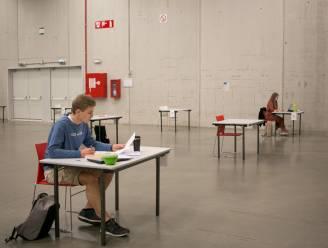 Blokken in zaal Familia: jongeren krijgen vier weken studeerplek