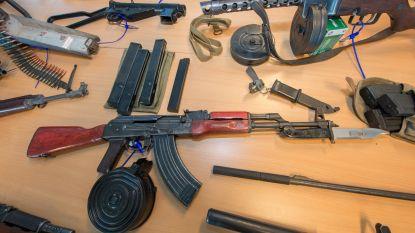 Negenkoppige bende naar rechter voor drugs- en wapenhandel