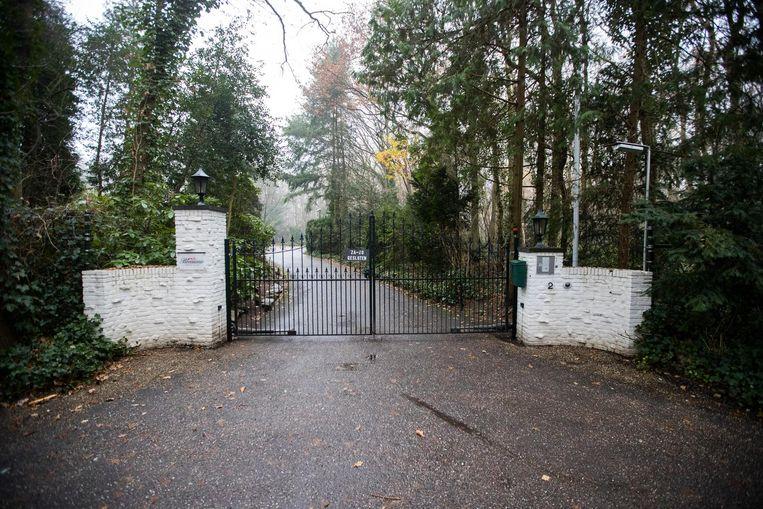 De ingang van de seksclub in Laren waar Martin Kok werd doodgeschoten Beeld anp