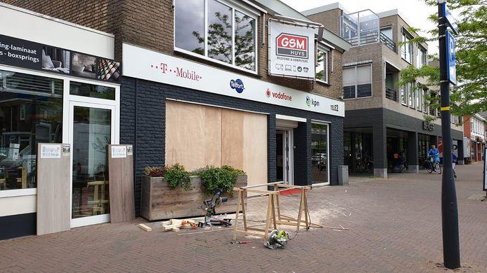 De telefoonwinkel in Glanerbrug.