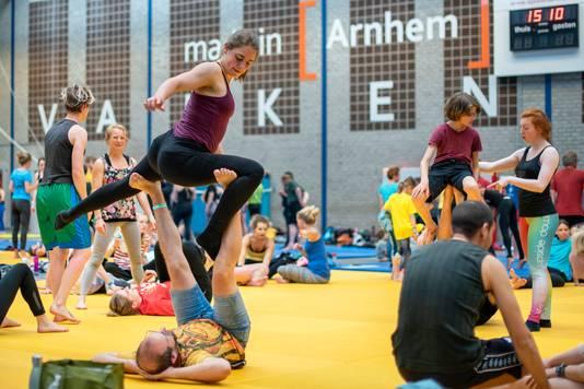 Workshops vormen het grootste bestanddeel van het Nederlands Acrobatiekfestival in Arnhem.