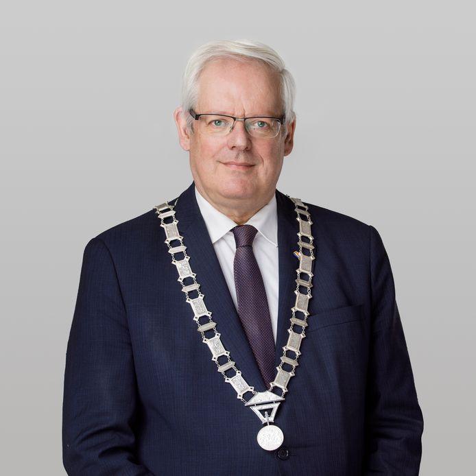 Burgemeester Govert Veldhuijzen
