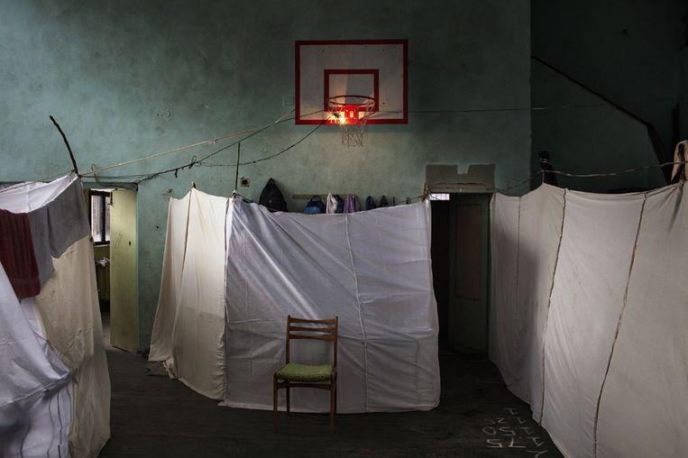Eerste prijs Algemeen Nieuws<br /><br />Het onderkomen van 800 Syrische vluchtelingen in Bulgarije. Beeld Alessander Pento