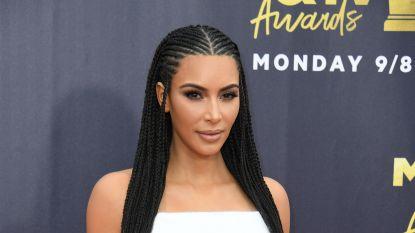 Kim Kardashian krijgt nu al job als advocaat aangeboden terwijl ze nog niet eens afgestudeerd is
