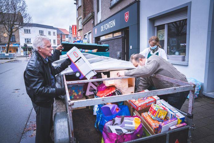 Ook Rotary Gent-Prinsenhof deelde vandaag speelgoed uit