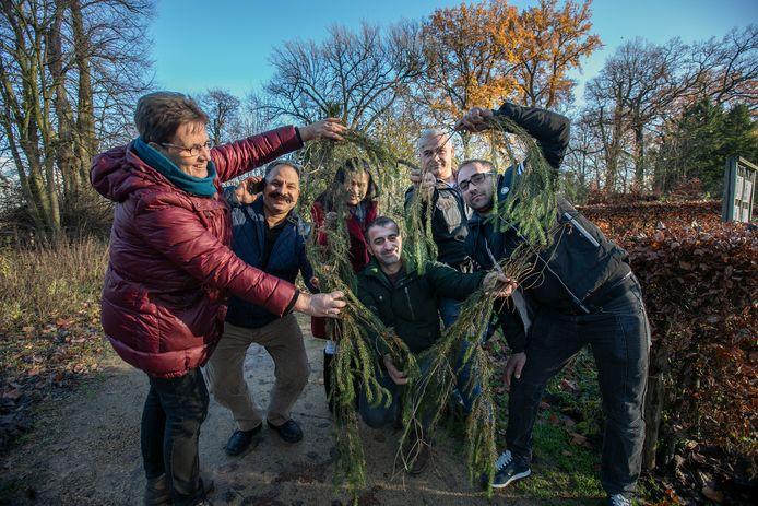 Deelnemers aan een project van vluchtelingenwerk Eindhoven in 2018. Hier wordt gewerkt aan integratie met menselijke maat, waarbij geen verschil mag bestaan tussen de mensen, waar ze ook vandaag komen en hoe hun geaardheid ook is. Archieffoto