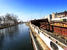 Wildwest bij kanaal in Eindhoven