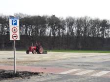 De Roestelberg moet parkeerplaats nu echt verharden: 'anders komt er een parkeerverbod'
