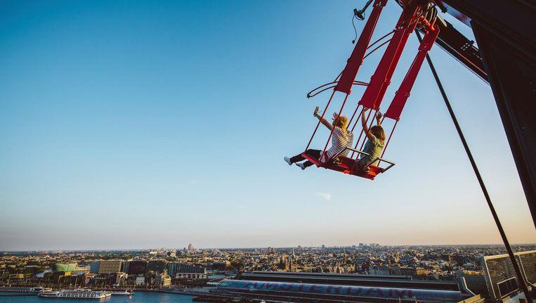 Waan je even aan het roer van Nederland: stemmen op de 20ste verdieping van de ADAM Toren Beeld Dennis Bouman