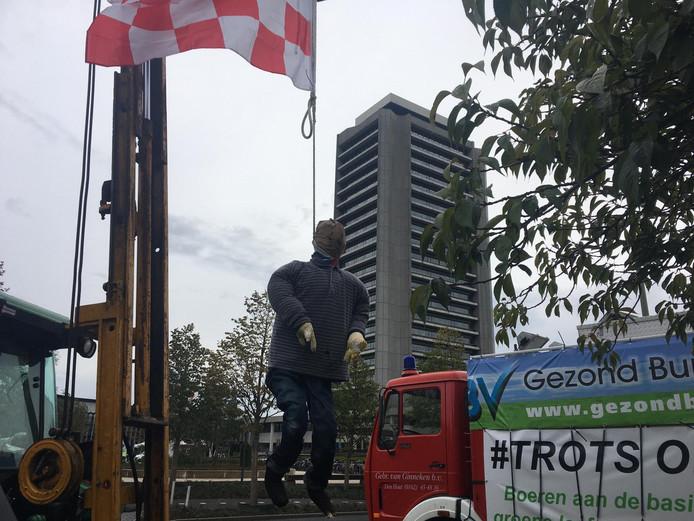 Pop hangt aan Brabantse vlag bij boerenprotest