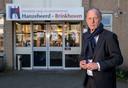 Directeur-bestuurder Jos Bleijenberg van Hanzeheerd treedt terug zodra de bestuurlijke fusie met IJsselheem begin volgende maand een feit is.