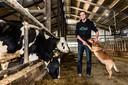 Melkveehouder Lennart Streng behoort tot de groep Nieuwkoopse stikstofboeren. Hij heeft al een emissie-arme vloer in zijn stal.