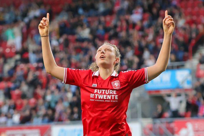 Fenna Kalma scoorde vlak voor rust de 1-1. In de tweede helft bleven meer treffers uit.