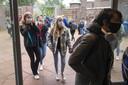 Op het Amsterdams Lyceum droegen de leerlingen vandaag mondkapjes.