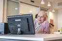 GreetR werkt met een tablet, die als een soort televisiescherm dient.