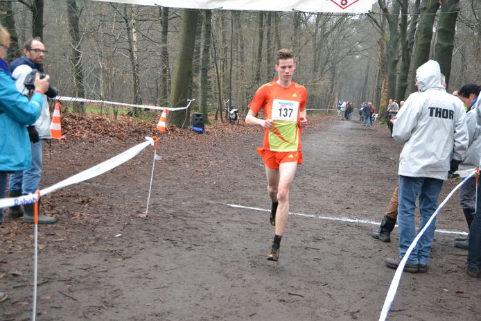 René de Kok (THOR) startte voor de 50-ste maal in de cross te Roosendaal.