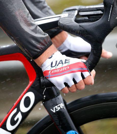 Deux nouveaux cas de coronavirus au Giro, un coureur d'UAE Team Emirates quitte le Tour