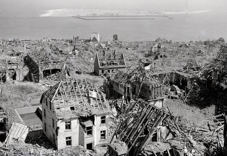 Het eiland Helgoland na het bombardement door de Britten in '47. Beeld anp
