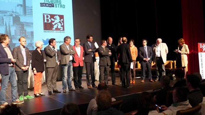 Lijstrekkers bij het debat in Midi.