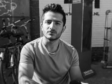 Vluchtverhaal van Kamiran (18) raakt Arnhemse fotograaf: 'Ik zie nu hoe luxe wij het hebben'