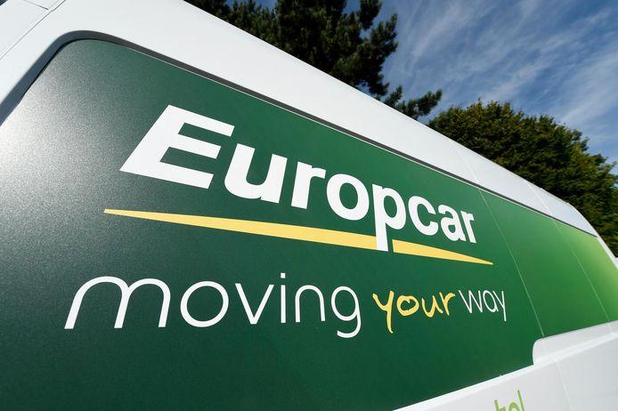 De Franse investeerder Eurazeo kocht het verhuurbedrijf in 2006, maar wil dat nu verkopen.