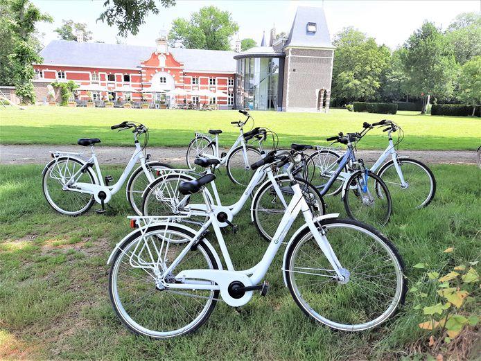Fietsen zijn er al op Domein De Ghellinck. Nu nog fietspompen.
