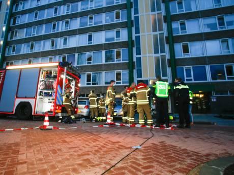 Zestig woningen korte tijd ontruimd na kelderbrand in flat