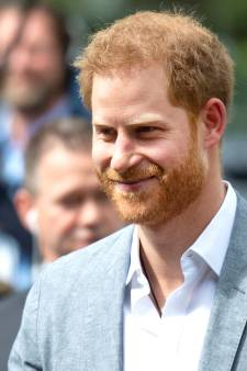 Prins Harry slaat verjaardag Queen over en is terug in VS
