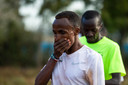Abdi Nageeye trainend in Kenia.