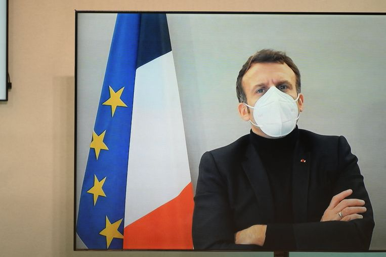 De Franse president Emmanuel Macron. Dat Frankrijk het Britse vrachtverkeer weert, wordt gezien als pesterij van Macron naar Johnson: weet welke chaos je te wachten staat bij een no-deal! Beeld Photo News