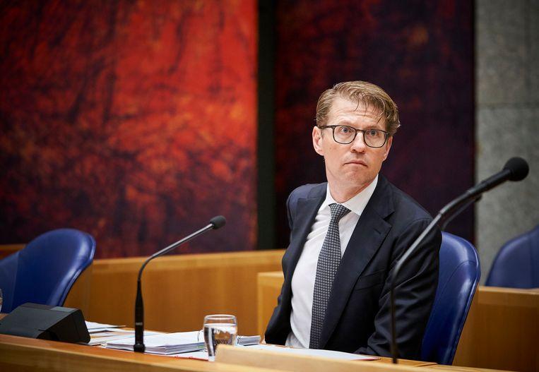 Minister Sander Dekker (Rechtsbescherming)  tijdens het debat in de Tweede Kamer over de moord op Anne Faber. Beeld Phil Nijhuis