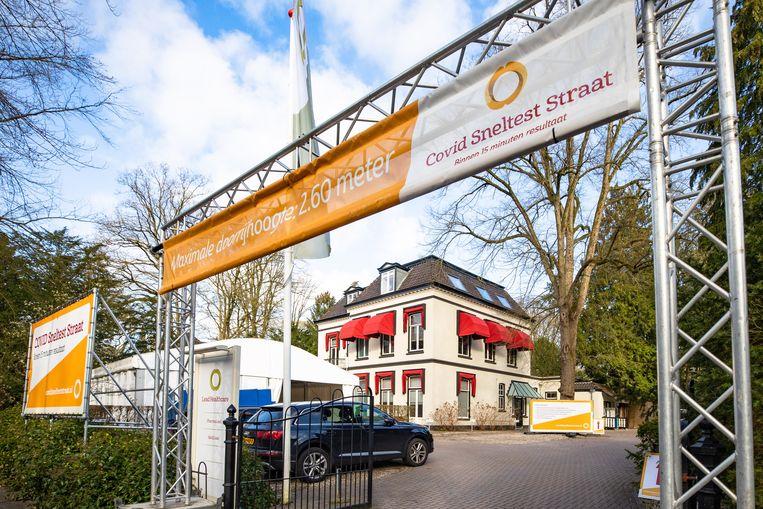 Het hoofdkantoor van Lead Healthcare. Het kabinet heeft 925 miljoen euro aan de Stichting Open Nederland beschikbaar gesteld voor testen bij evenementen, die exclusief door dit  bedrijf worden uitgevoerd. Beeld Caspar Huurdeman