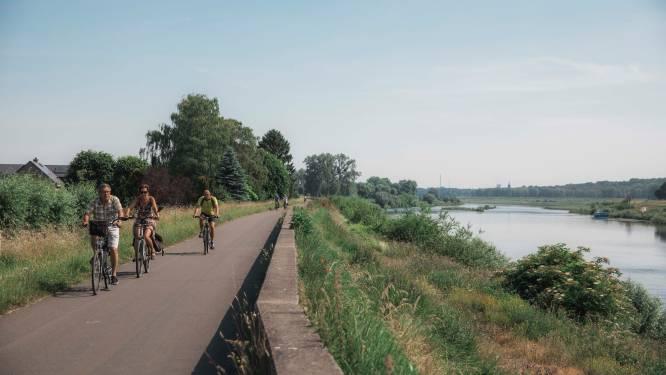 Over kasseien, richting kastelen, met een biertje erbij: zes fietsroutes in Limburg die u getrapt moet hebben